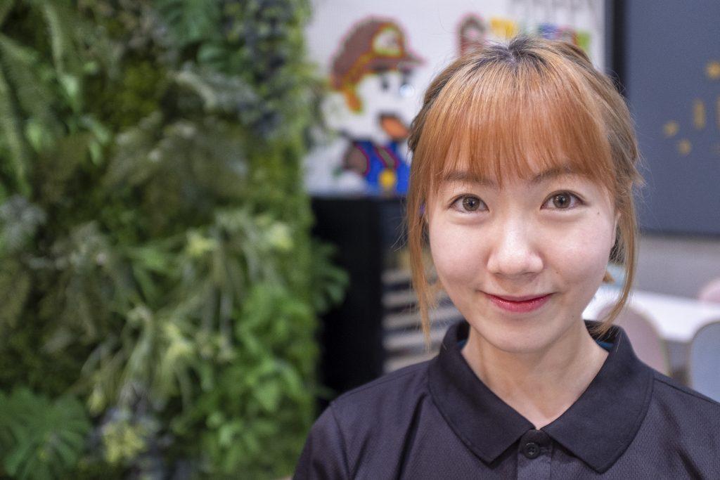 JingYi CloseUp